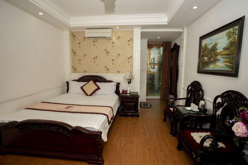 1 giường lớn hoa văn 1